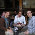 Niklas, Rafi und ich bei eine Shischa und ein Glas Tee zur Erholung